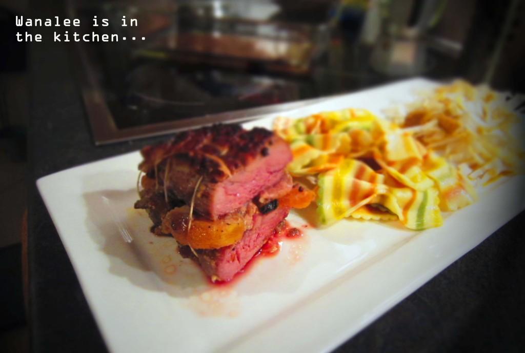 Magret de canard farci aux fruits du mendiant et au foie gras