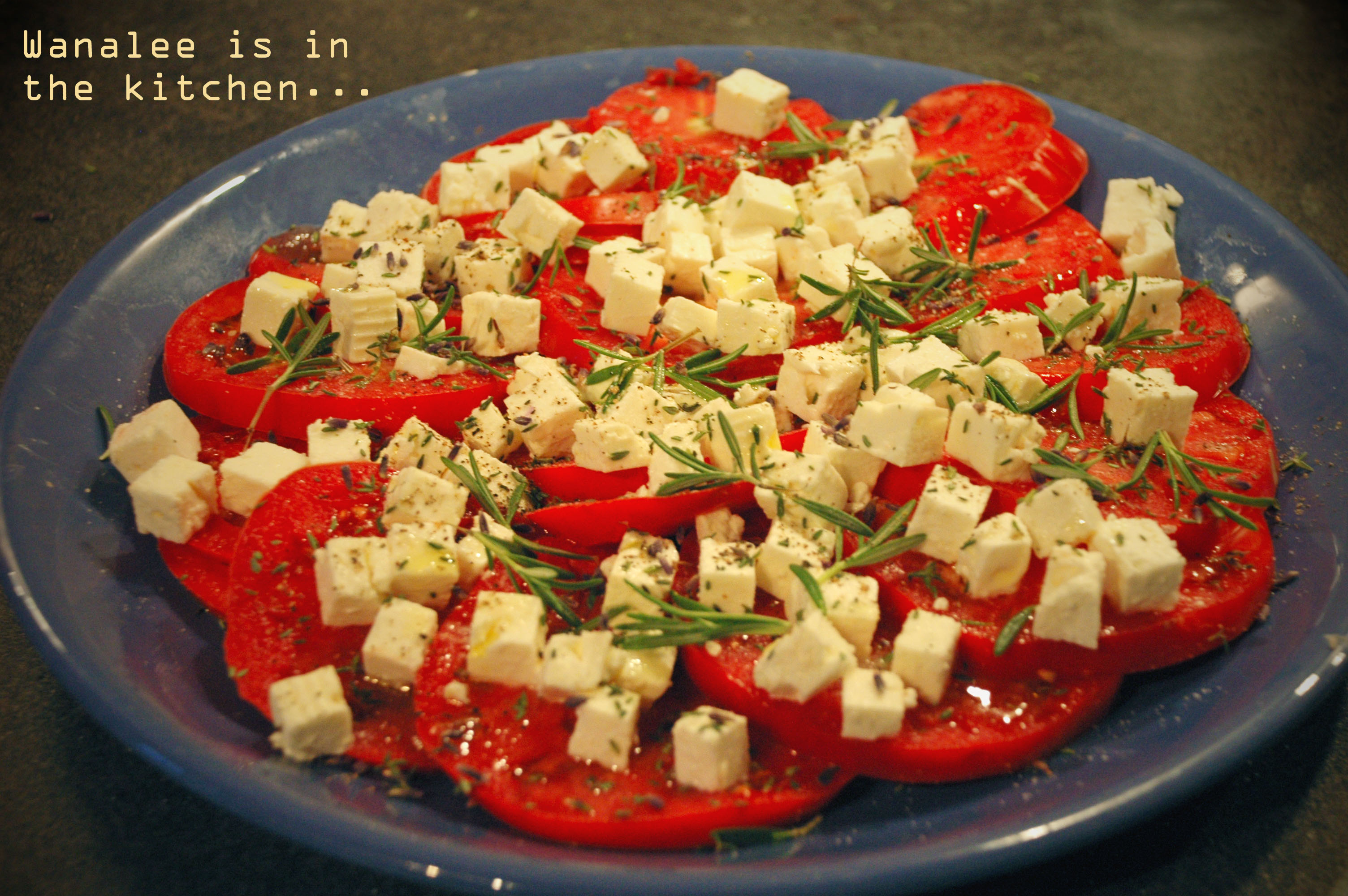 salade de tomates la m diterran enne wanalee cuisine. Black Bedroom Furniture Sets. Home Design Ideas