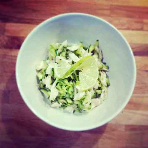 Salade poulet et courgettes au citron vert