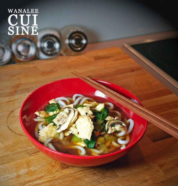 Soupe de nouilles poulet pak choi